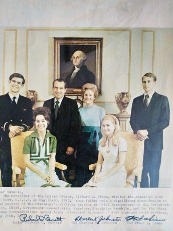 Ричард Никсон с семьёй