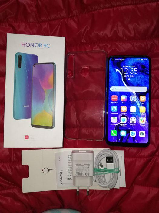 "Honor 9C 4/64GB,6.39"", IPS, 4000mAh, 48/8/2/8MP,NFC, 8000рублей Горловка - изображение 1"
