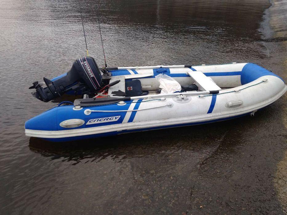 Лодка с мотором 15 Вышгород - изображение 1