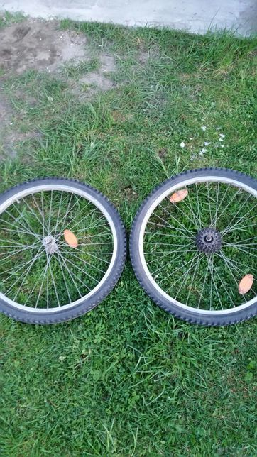 Kolo z opony do rowera