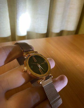 Женские часи наручные для девушке годинник магнитные новие