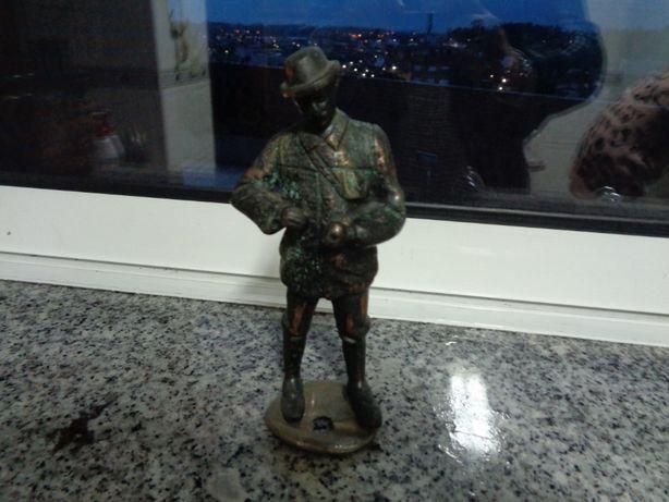 peça unica em bronze maciço seculo 18 linda O HOMEM 17cm alt peso 1kg