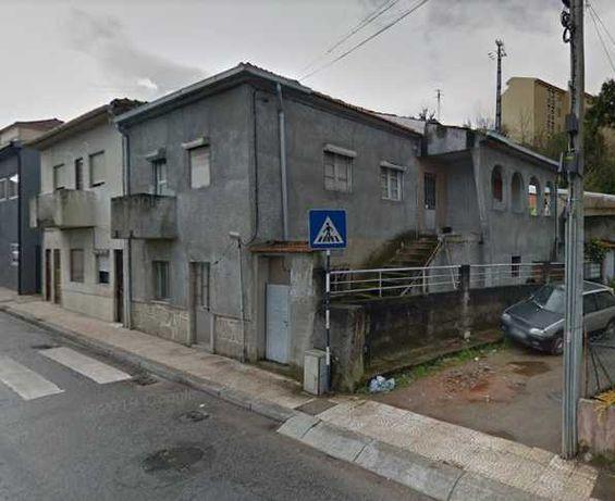 Moradia em Rio Tinto - a precisar de obras