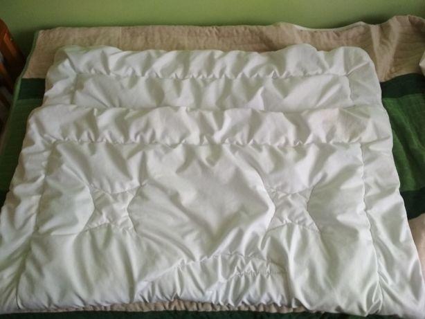 Pościel i poszewki do łóżeczka