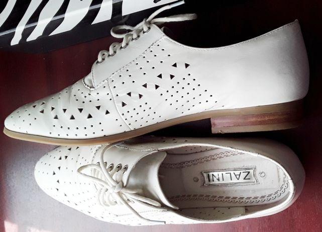 Стильные белые туфли Zalini Италия.