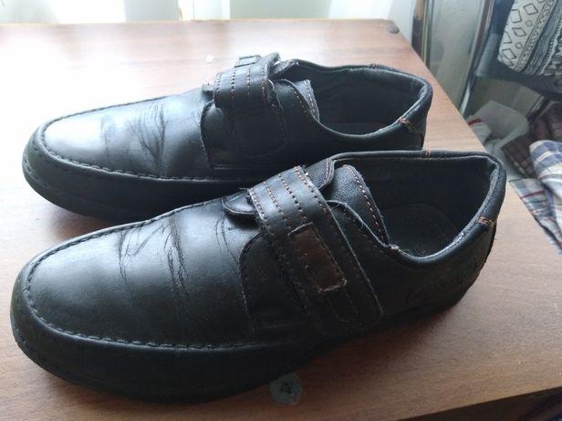 Туфли на мальчика 34 р