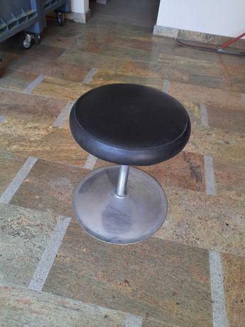 SPRZEDAM stolik barowy i krzesełka
