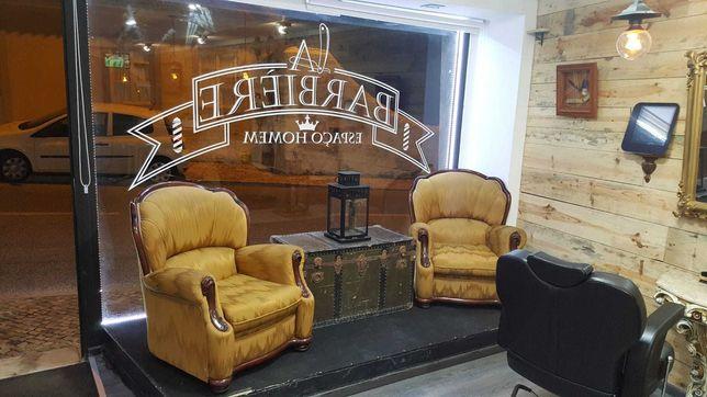 Barbearia no centro de Sintra ótima localização e clientela