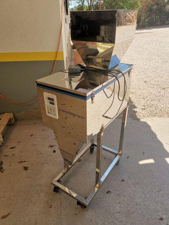 Máquina de pesagem / embalagem