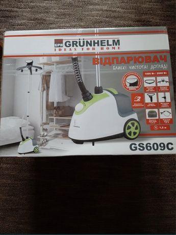 Отпариватель для одежды Grunhelm GS609 + вешалка