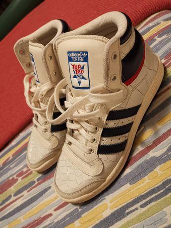 Ténis adidas bota