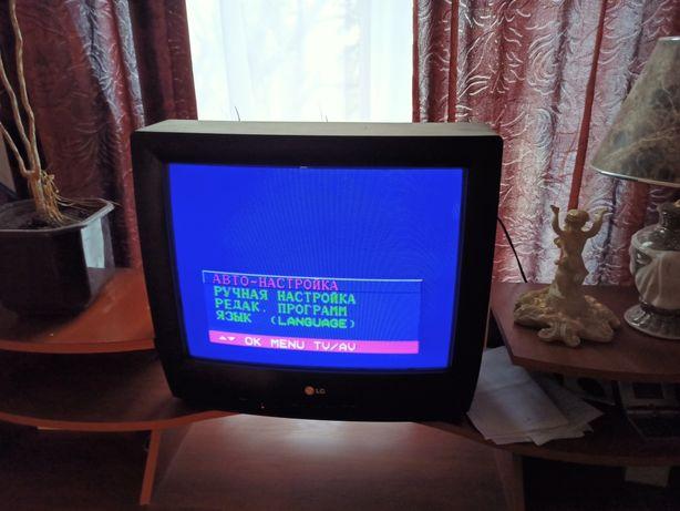 Телевизор !!(LG)