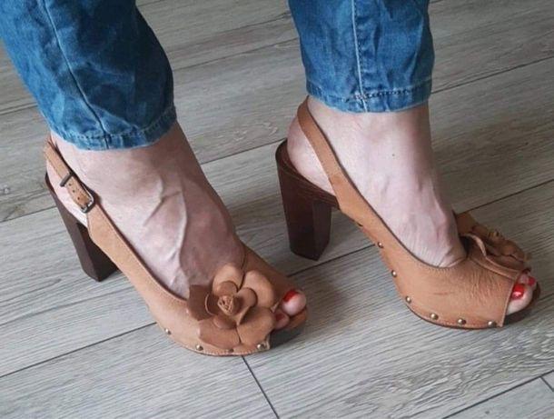 Sandały brazowe Lasocki roz.40