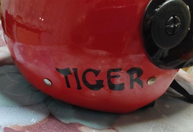 Kask motocyklowy czerwony XL
