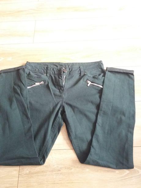 Ciemnozielone spodnie damskie rozmiar M