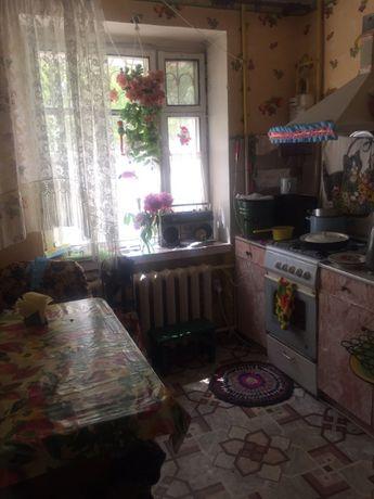 Продам двокімнатну квартиру на Слов'янці