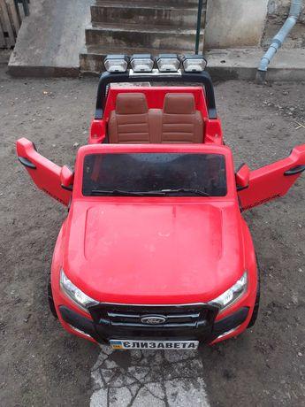 Електро автомобіль форд дитячий