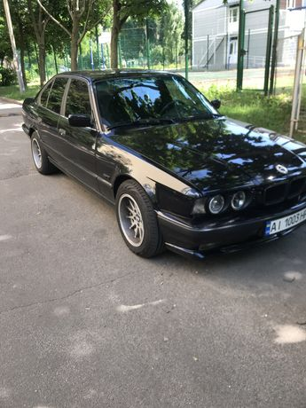 Авто BMW Е 34