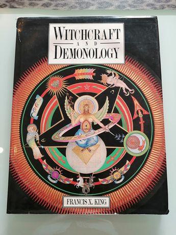 Livro Witchcraft and demonology em Inglês