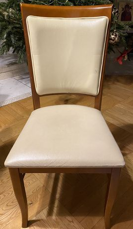 Krzesła skóra drewno