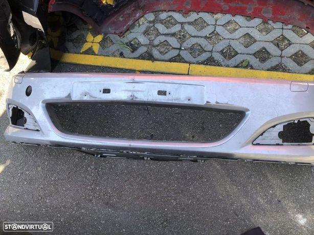 Parachoque Opel astra gtc
