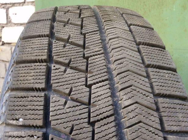 Зимняя резина липучка 8мм Bridgestone Blizzak VRX 195/65 R15 4шт+титан