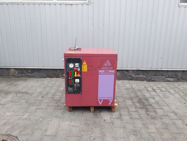 Kompresor śrubowy sprężarka FIAC AIRBLOK V7 5.5 KW 700 L/M