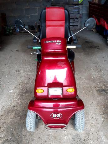 Skuter elektryczny . Wózek inwalidzki elektryczny .