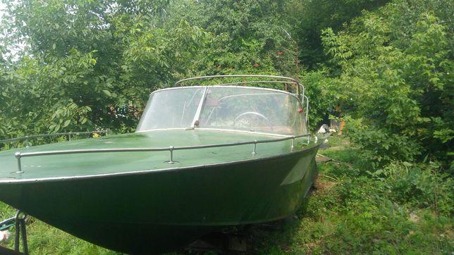 Продам лодку или прогулочный катер