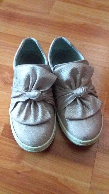 Туфлі комфорт для дівчинки