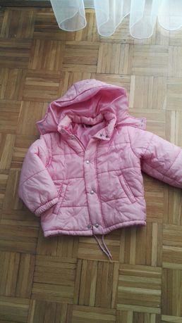 Zimowa kurtka różowa united color od Benetton 110-116
