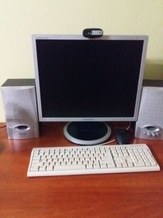 ДЕШЕВО продам монітор колонки клавіатуру та корпус системного блоку. Хмельницкий - изображение 1