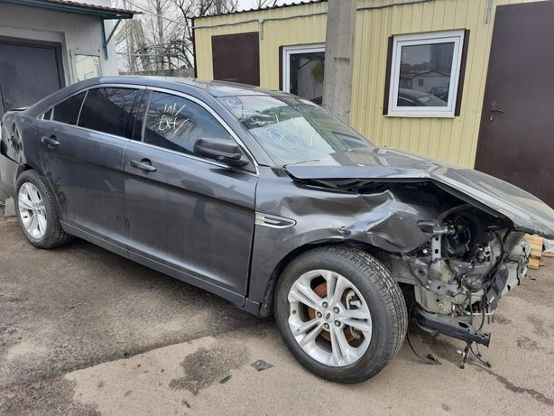 Ford Taurus 2017г. 3.5 л.