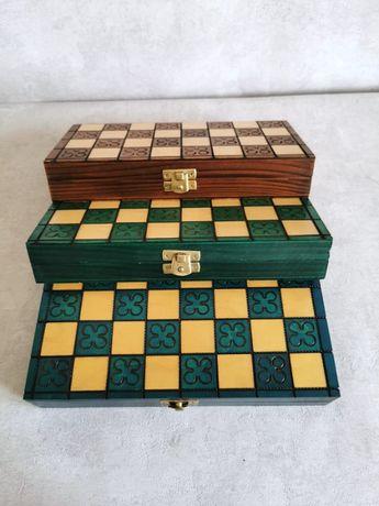 Nowe, drewniane szachy, dostępne w 3 kolorach