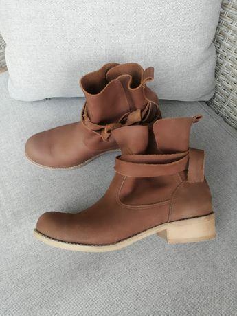 Skorzane botki Zapato 36