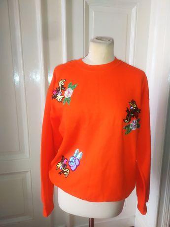 Bardzo ładna I modna haftowana  bluza