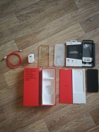 Мобильный телефон смартфон OnePlus 7T 8/256GB Silver