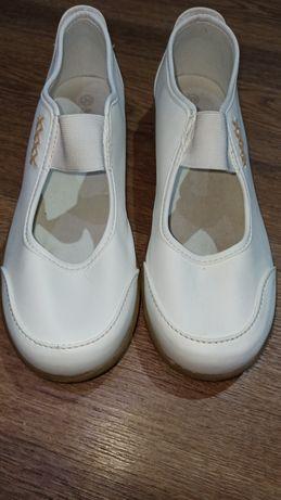 Туфли женские bonprix