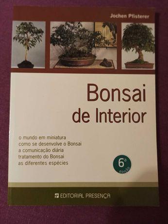"""Livro """"Bonsai de Interior"""", de Jochen Pfisterer"""