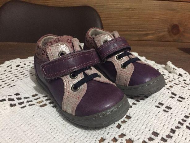 Sapatos menina novos