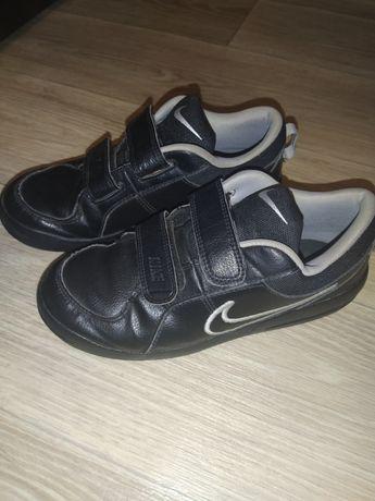 Кроссовки Nike  р 35, 22, 5 см( как adidas,puma, ecco)