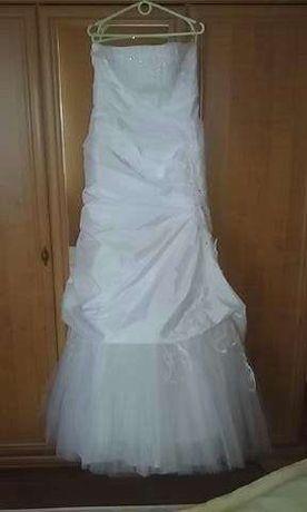 sprzedam suknie slubna z welonem