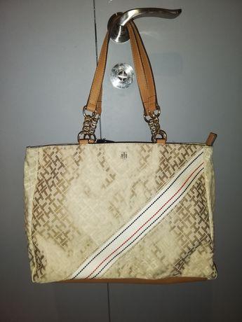 Sprzedam nowe oryginalne torebki tommy hilfiger. Przywiezione z USA