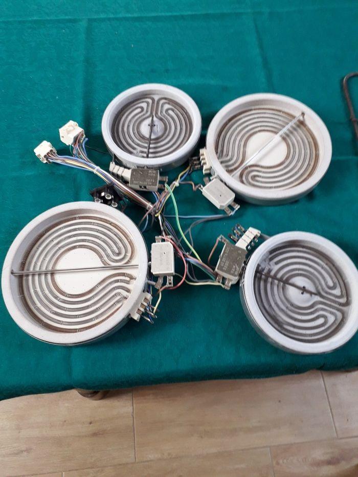 Pola grzewcze do kuchenki ceramicznej Indesit l5V62A Koleczkowo - image 1