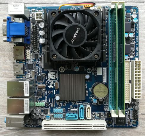 Материнская Плата Gigabyte GA-C847N + DDR3 (2 x 2Gb)