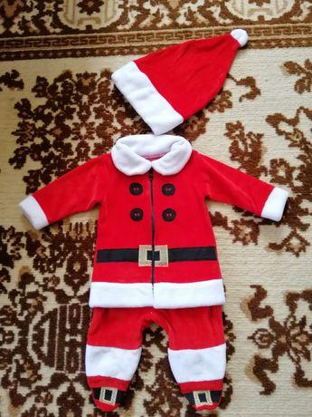 Новорічний костюм Санти.