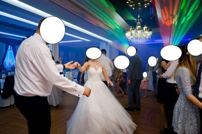 Sprzedam piękną i bardzo wygodną suknie ślubną