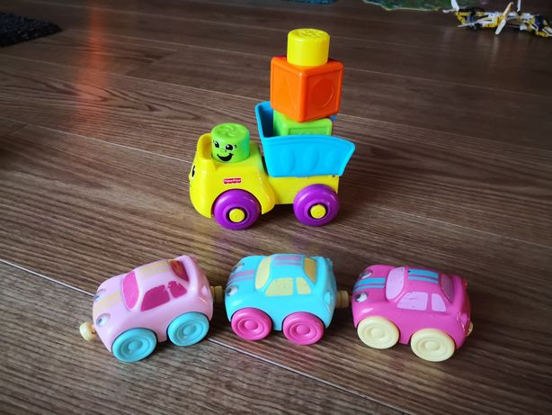 Wywrotka plus 3 autka. Stan bardzo dobry