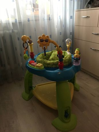 Игровой детский центр прыгунки Huile Toys.