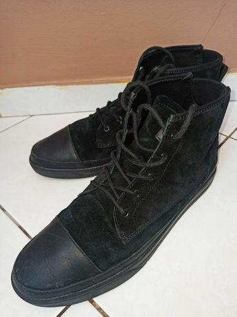 Buty męskie za kostkę firmy CLEA zamszowe ze skóry rozmiar 43 stan BDB